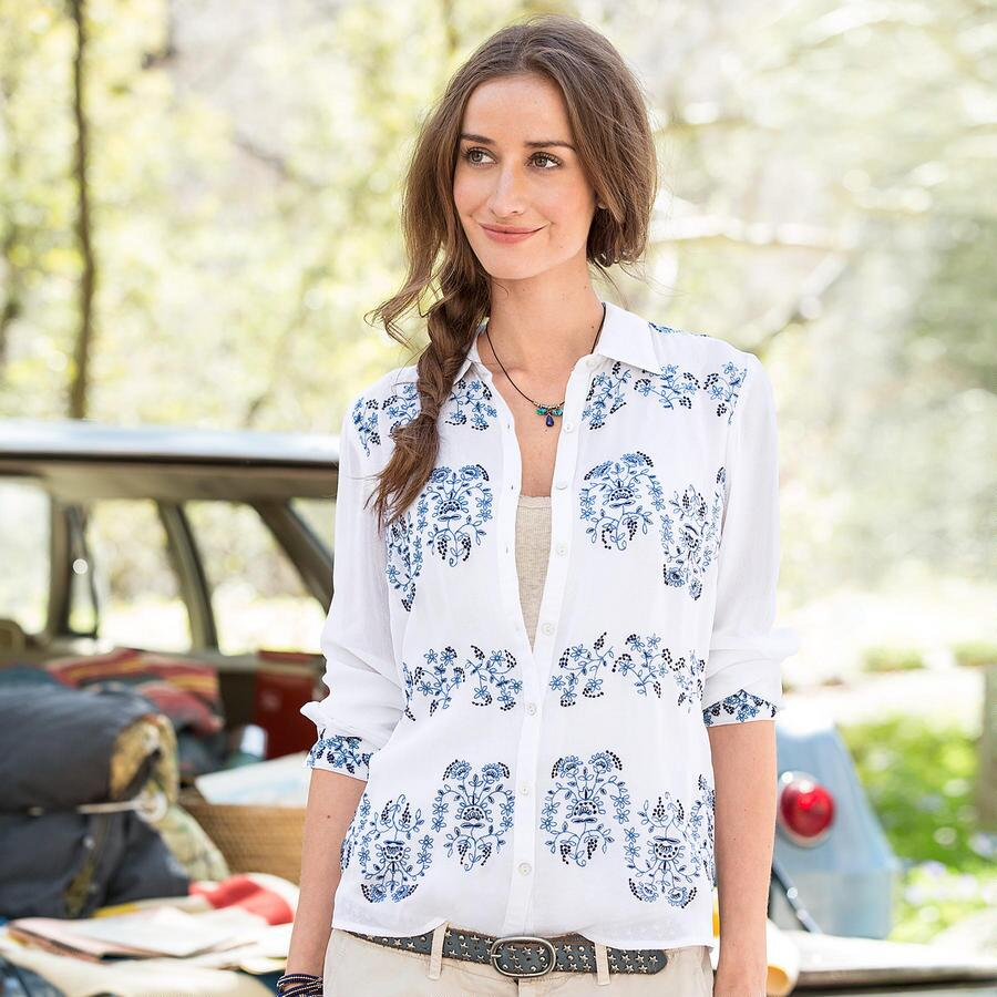 NOVELLA EMBROIDERED BLOUSE