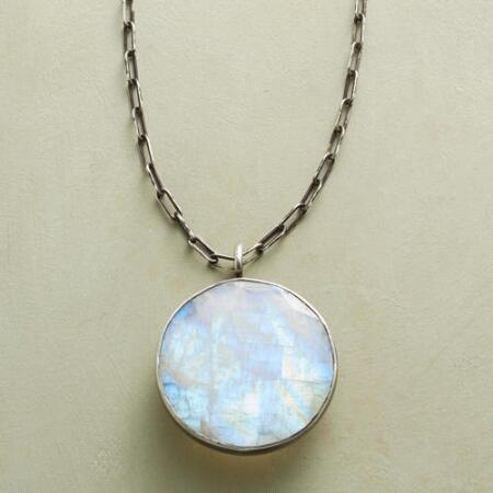 MOONSTRUCK NECKLACE