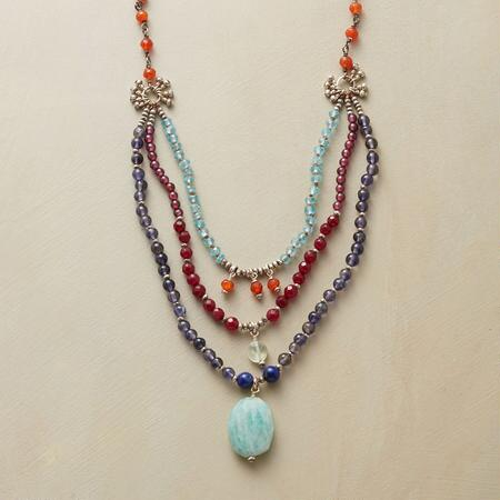 TATI NECKLACE