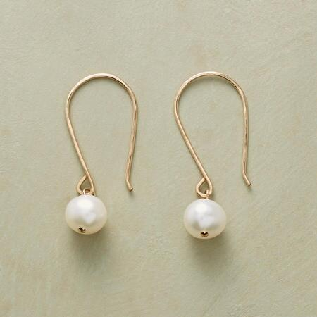 MOONRISE PEARL EARRINGS