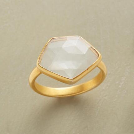 VISIONAIRE RING