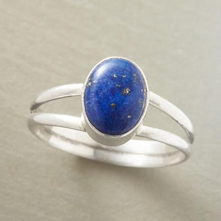 LAPIS FOCAL POINT RING