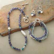 FRESHWATER BRACELET, NECKLACE & EARRINGS