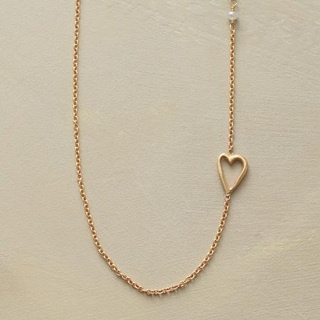TENDER LOVE NECKLACE