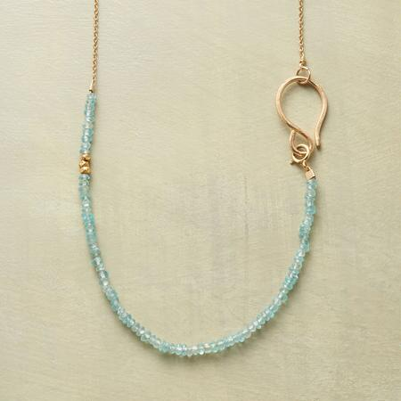 SIDE TO SIDE NECKLACE