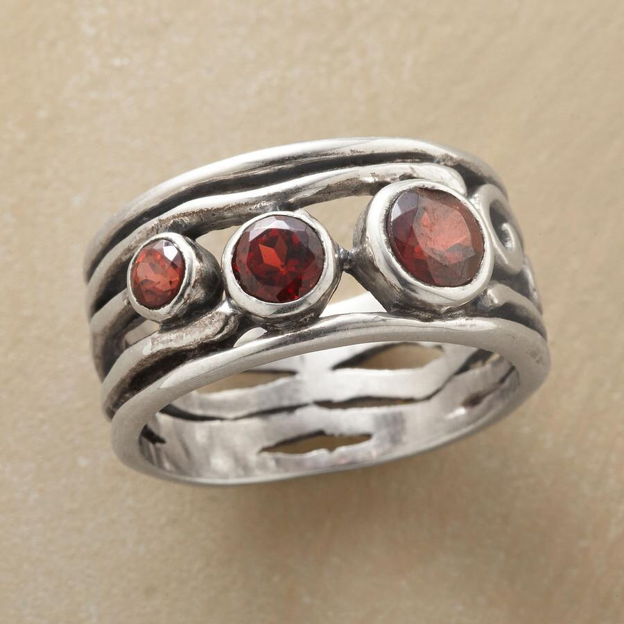 Meandering Garnet Ring