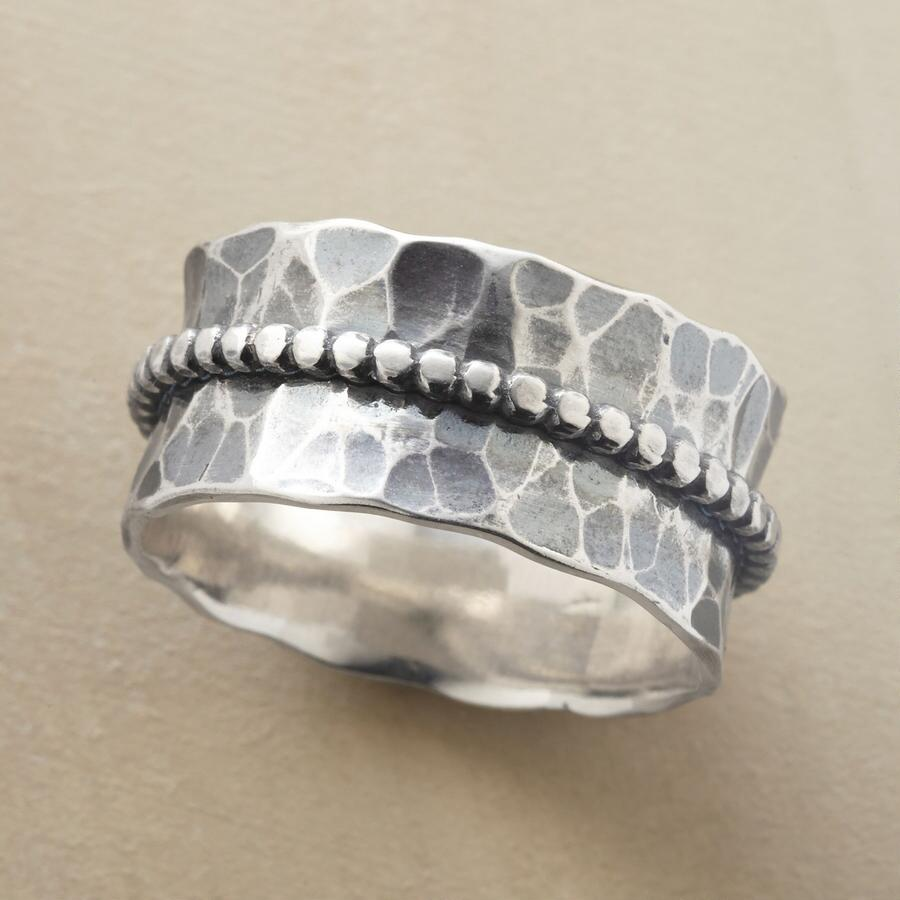 BEAD BELTED RING
