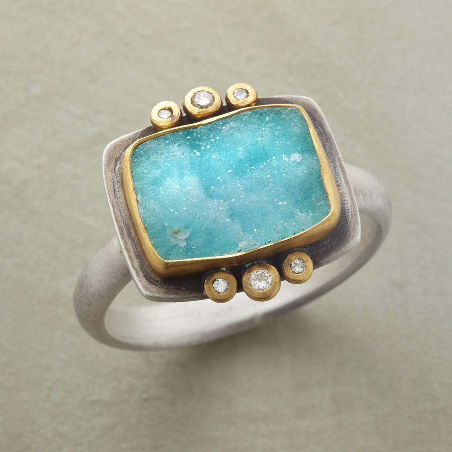 UNIQUELY CHRYSOCOLLA RING