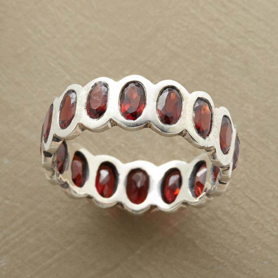 ROWS OF ROSE RING