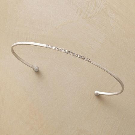 DIAMOND WHISPER CUFF