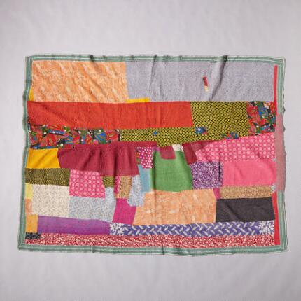 ONE-OF-A-KIND TE-MA QUILTED THROW