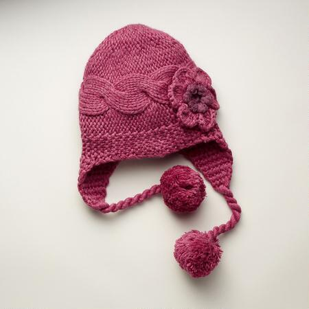 ALLURING LILY HAT