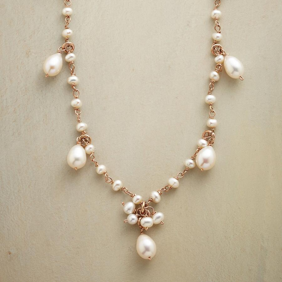 ROSIES PEARL NECKLACE