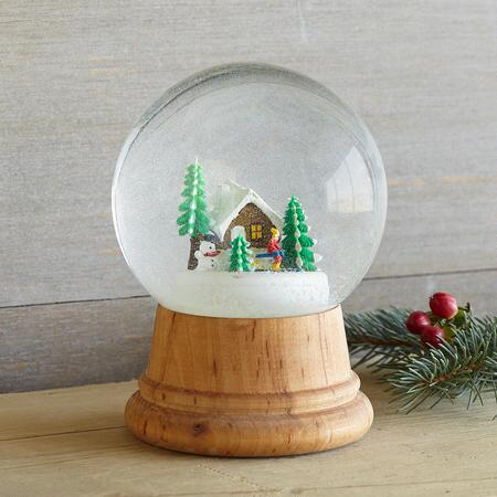 WINTERSCAPE SNOW GLOBE - CABIN