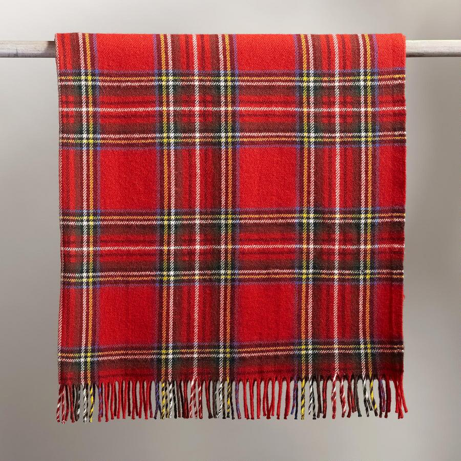 HERITAGE PLAID THROW