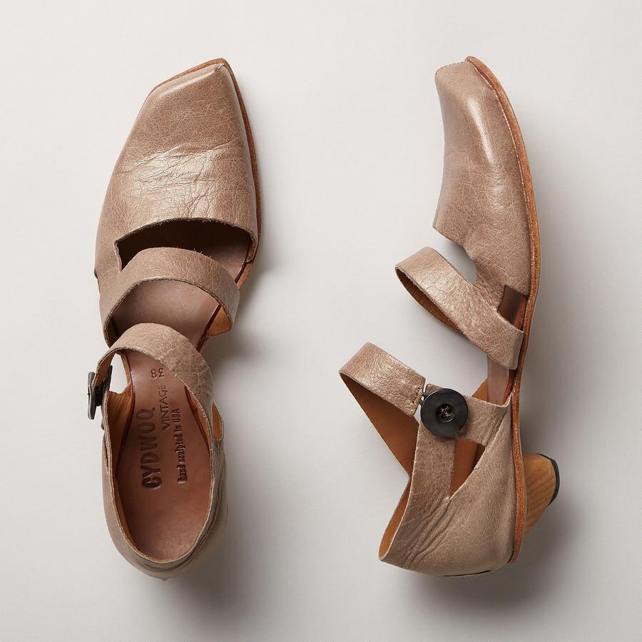 Fluid Shoes