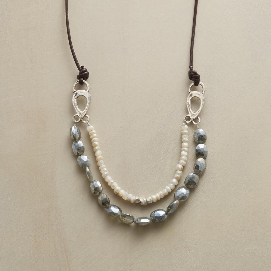 DISTANT WAVES NECKLACE