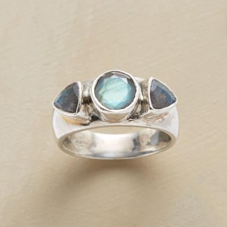 LABRADORITE TRIO RING