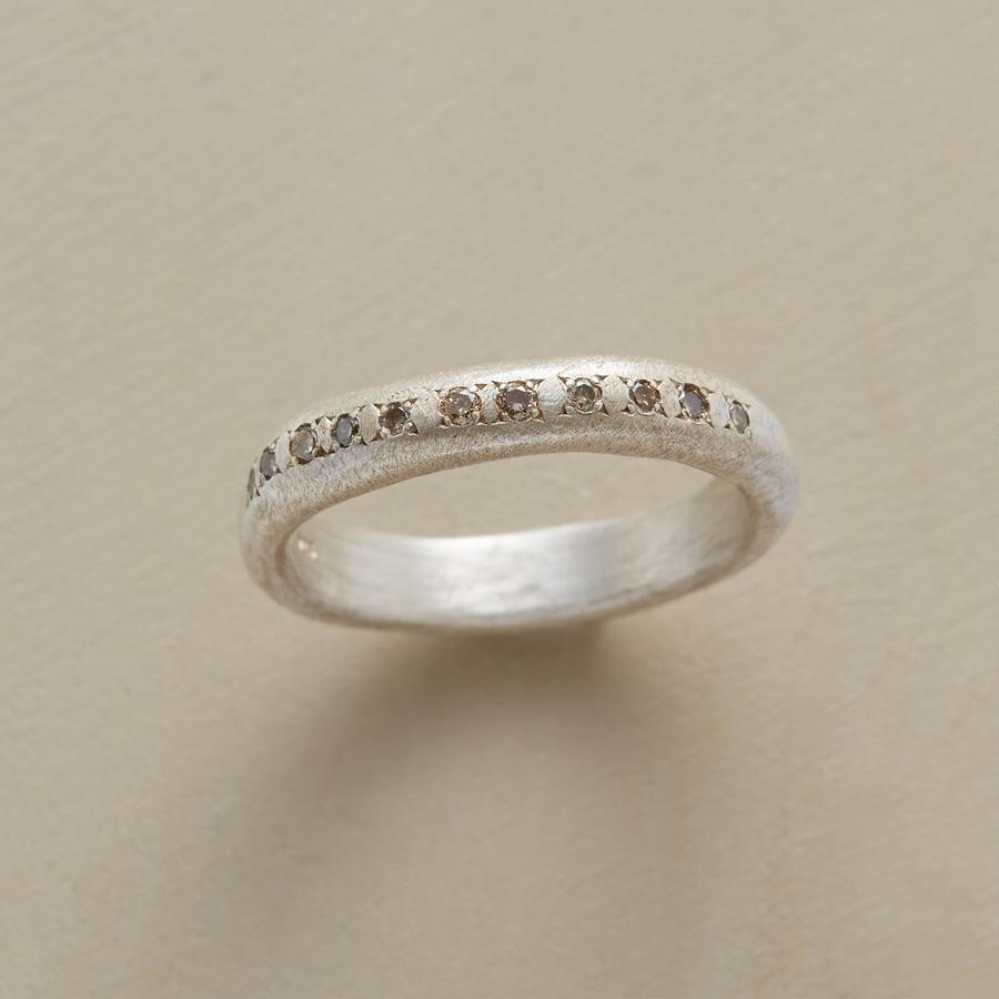 CHAMPAGNE DIAMONDS RING