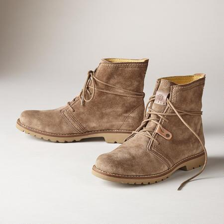 TRUE NORTH BOOTS