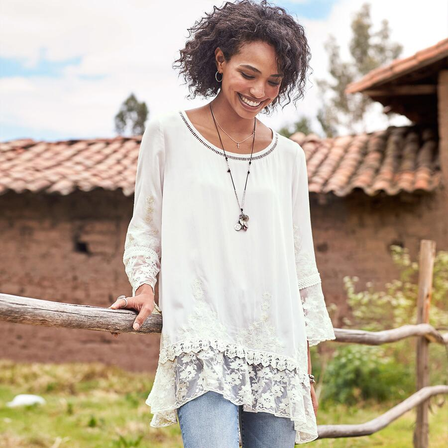 BETROTHED EMBROIDERED TUNIC - PETITES