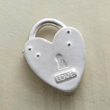 LOVE LOCK TOKEN