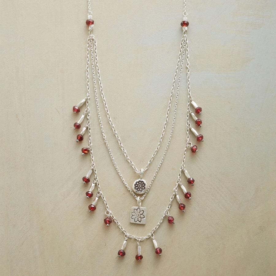 FLOWERS OF LOVE NECKLACE