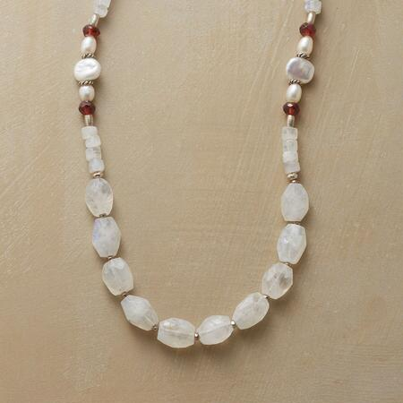 MOONMIST NECKLACE