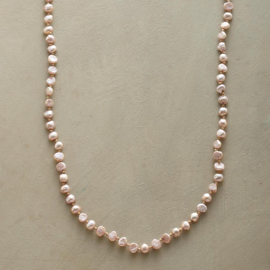 HINT OF PINK NECKLACE