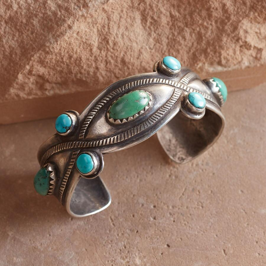 RED MOUNTAIN TURQUOISE EYE CUFF