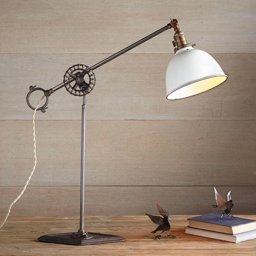 WEST ALLIS TABLE LAMP