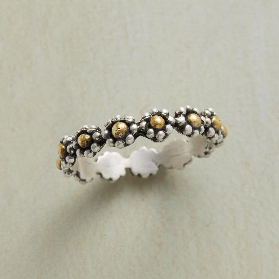 HALO OF FLOWERS RING