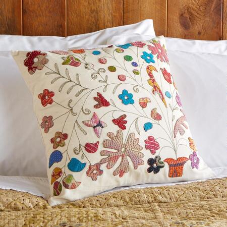 BLOOM...PLANTED PILLOW (FG)
