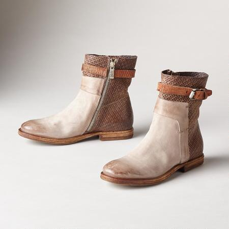 CAREFREE HIGHWAY BOOTS