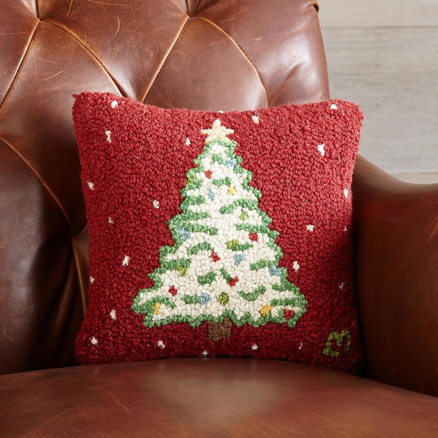 LIT-UP TREE PILLOW