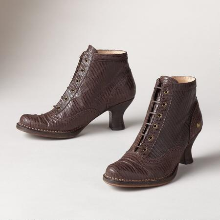 SYBIL LACED BOOTS