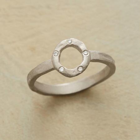 DIAMOND WHEEL RING
