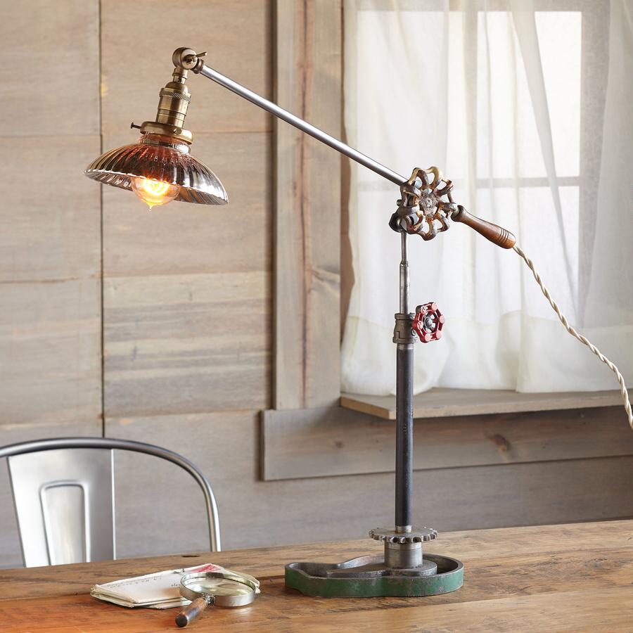 JEFFERSON TABLE LAMP