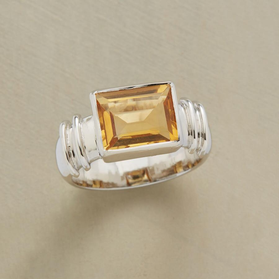 HIGH NOON RING