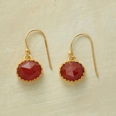 SCALLOPED CARNELIAN EARRINGS