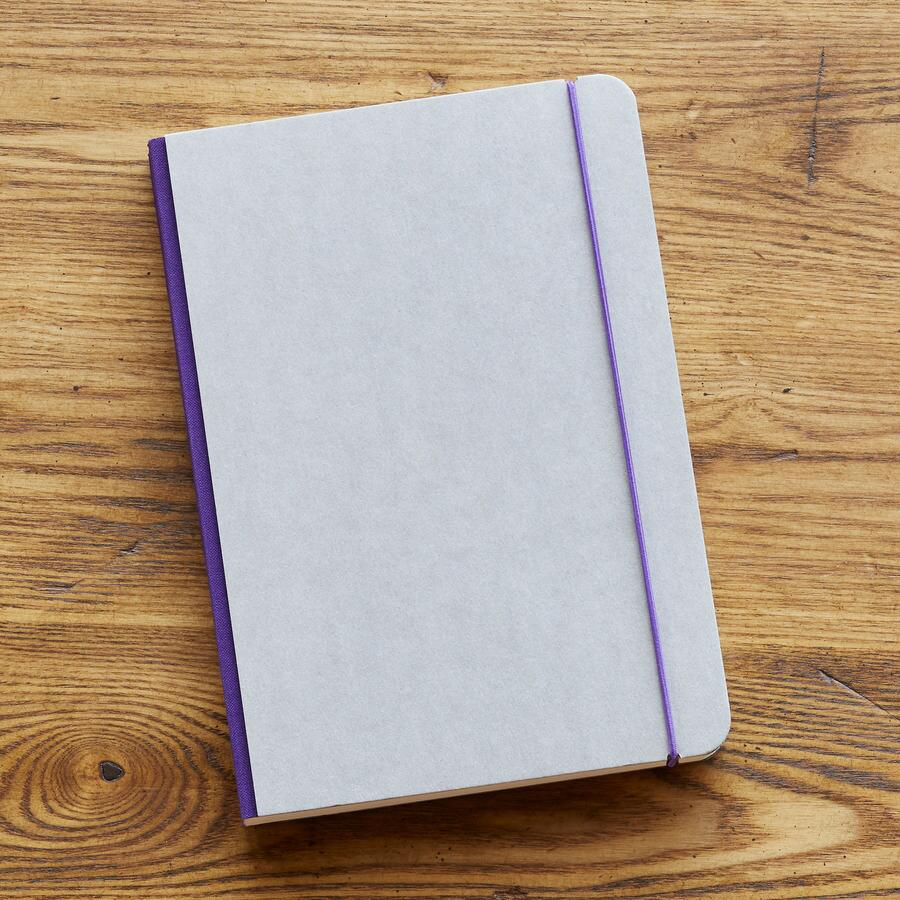 MINIMALIST NOTEBOOK