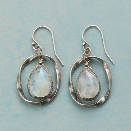 TWIST ON MOONSTONE EARRINGS
