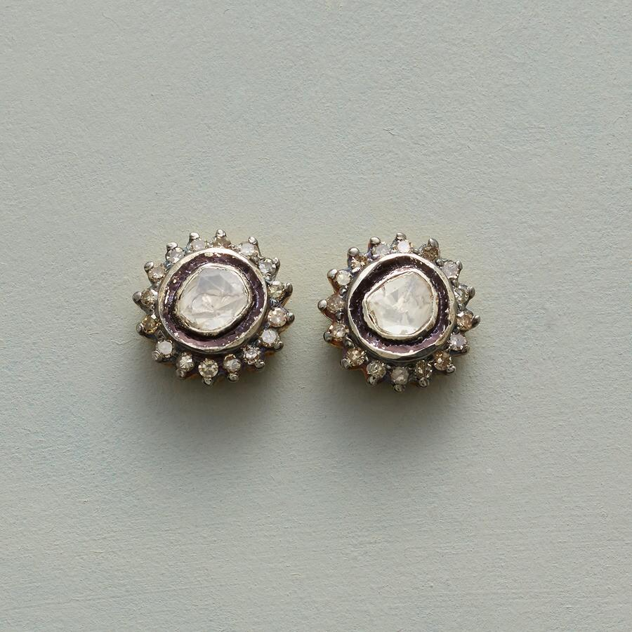 DIAMOND CONFECTION EARRINGS