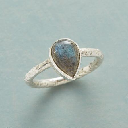 TEARDROP LABRADORITE RING