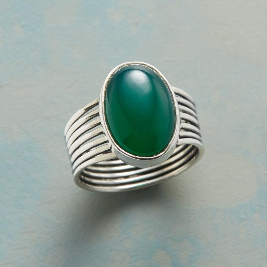 FOREST GREEN RING
