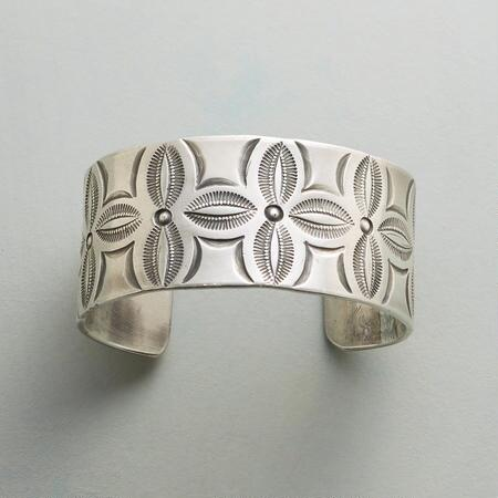 CANYON FLOWERS CUFF