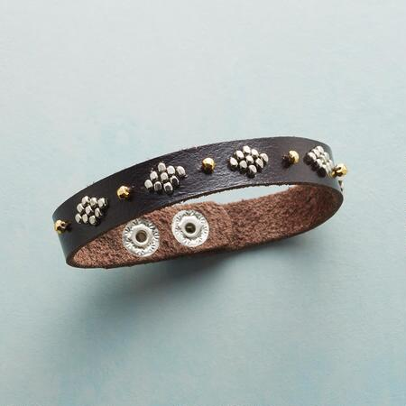 LADYLIKE LEATHER BRACELET