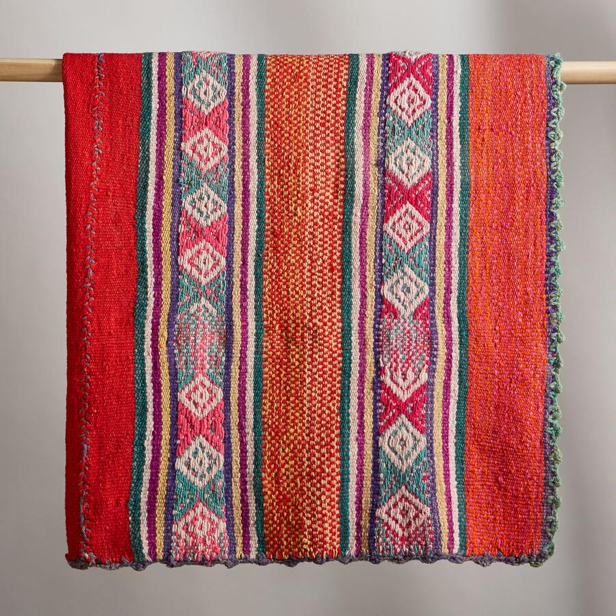MOQUEQUA PERUVIAN THROW