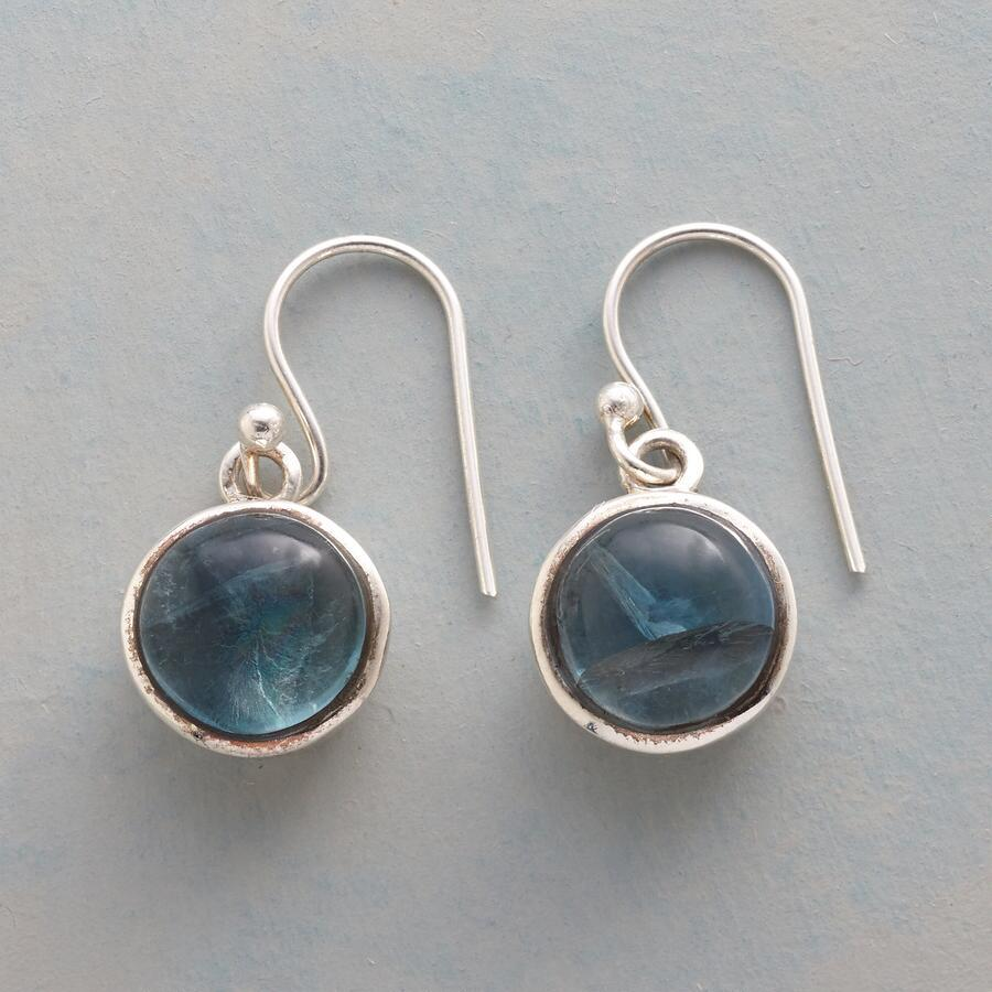 INNER SHINE EARRINGS