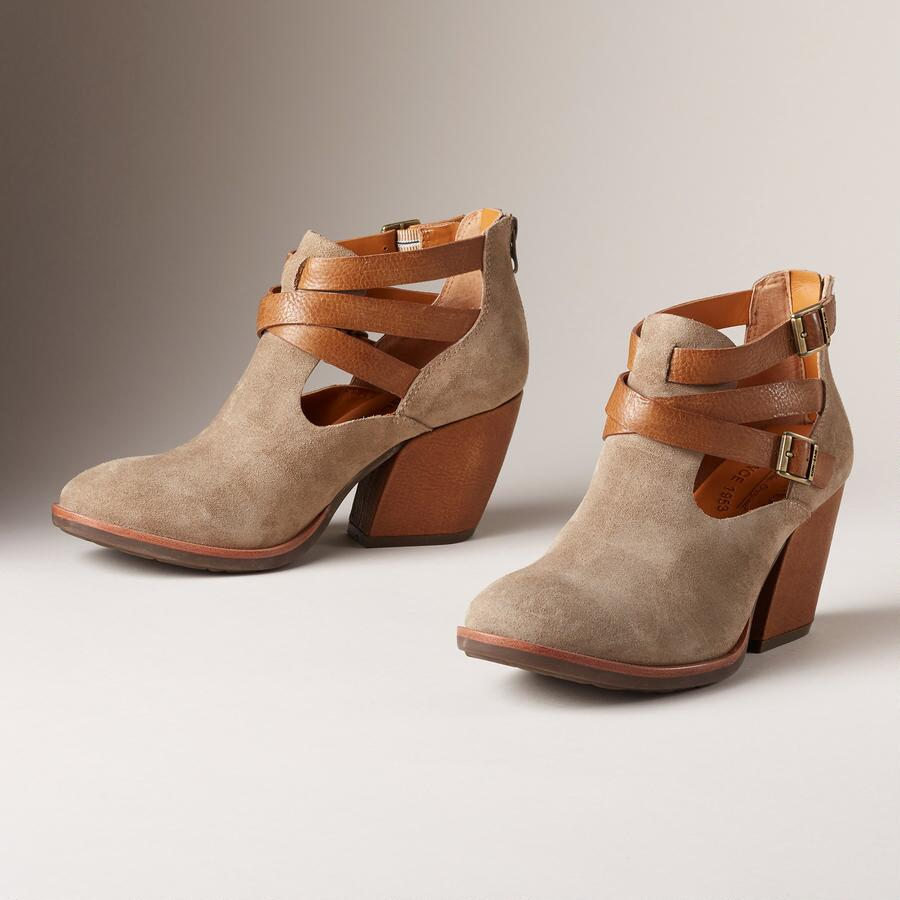 STINA BUCKLE BOOTS